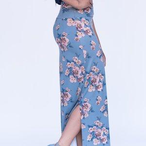 Agnes & Dora Side Slit Maxi Skirt
